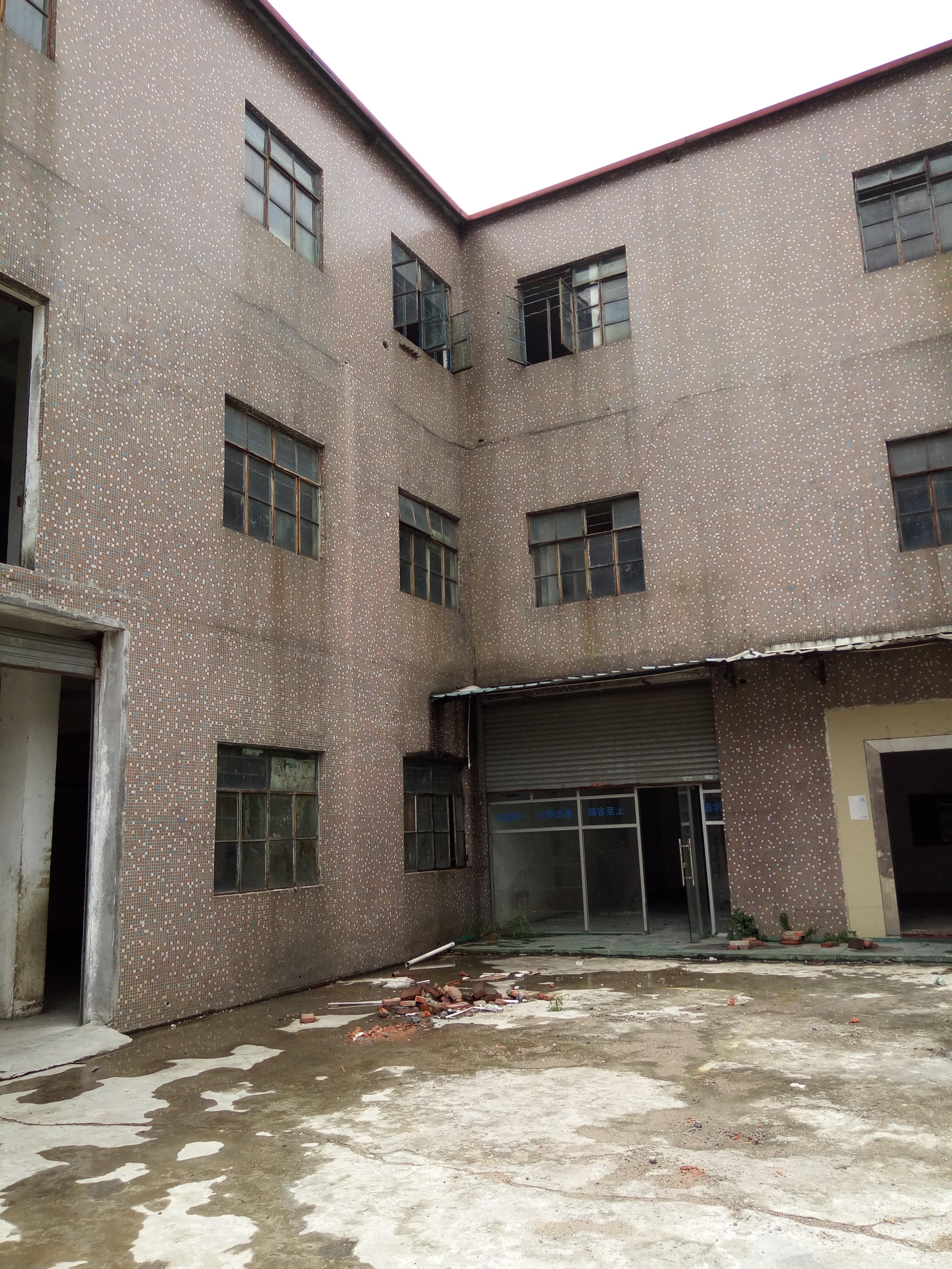 光明长圳一楼500平厂房出租带牛角