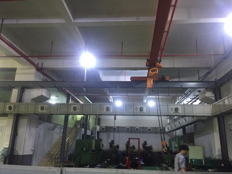长安镇沿江高速路口附近厦岗新出一楼1700平6米高带行车
