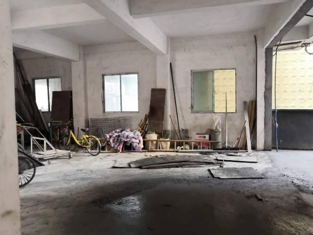 白云区白云湖街道大朗村厂房仓库,招租560个平方大小可分租