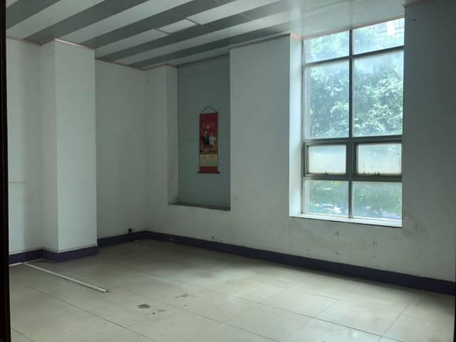 长安沙头振安路边原房东1200平带精致装修标准厂房