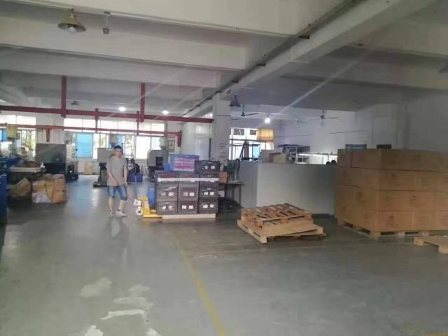 龙岗平湖富民工业区1楼650平米厂房出租-图3