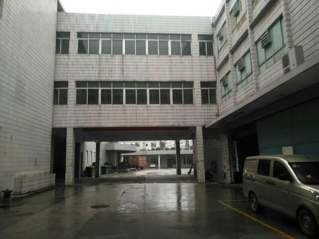 福永107国道边整个园区3万多平米物流仓库