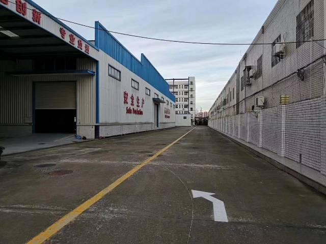 龙岗最大的物流仓库24000平方空地超大价钱便宜