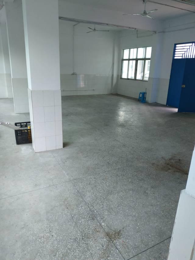 平湖辅城坳小仓库一楼250平