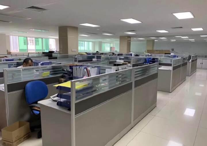 深圳龙华大浪现出豪华装修写字楼无转让费图片3