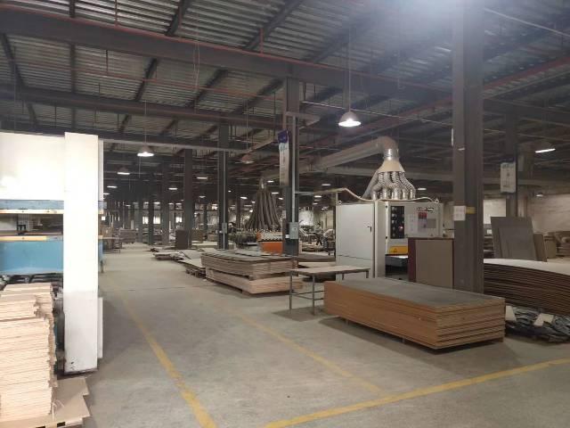 红梅新出钢构厂房35000平方,适合物流仓跟仓库
