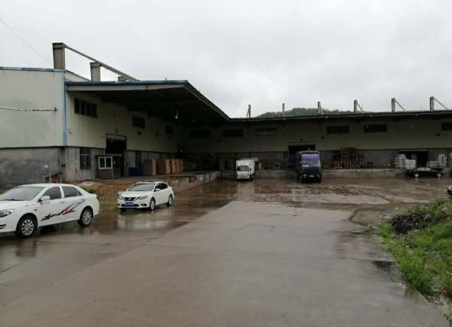 仲恺区临近高速出口主干道物流仓储仓库8000平米招租。