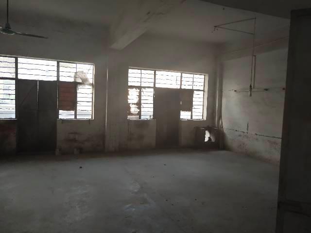 东莞万江厂房标准楼上可做加工仓库