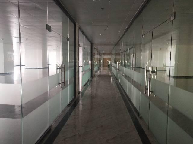 商业中心街3000平方写字楼图片9