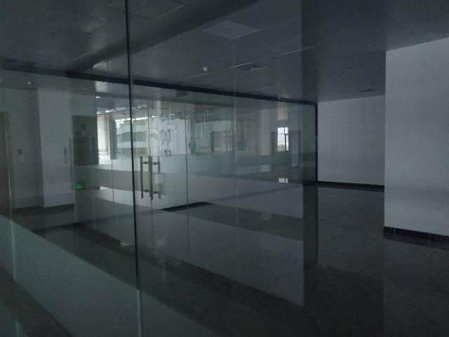 商业中心街3000平方写字楼图片8