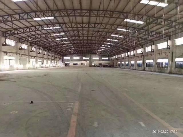 大岭山主干道边单一层3400平米厂房出租可分租