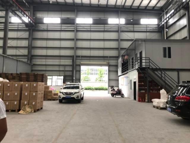 龙泉经开区500平米厂房出租有行车
