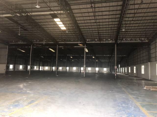 铁皮房仓库8500平方招租。