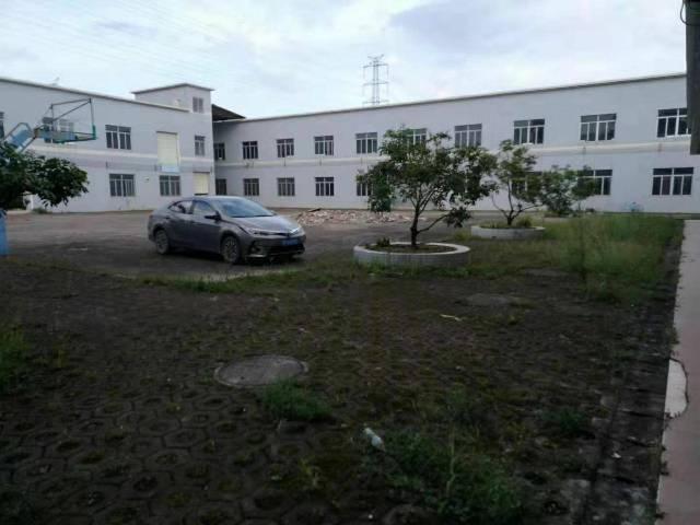 坪山高速口独院8300平方厂房出租,适合办公研发仓库。
