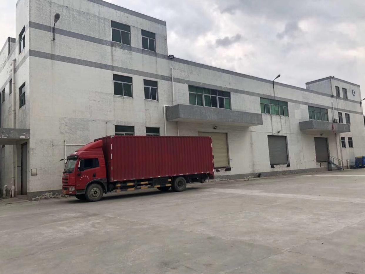 龙华新出独门独院物流仓库厂房加办公楼共70000平米可分租
