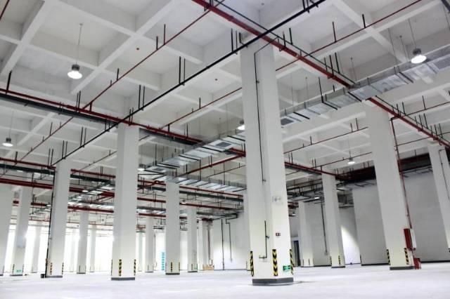 广州黄埔区大型高台物流仓库出租层高10米21500价格35