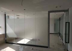深信泰丰大厦 340m² 中低区 简装