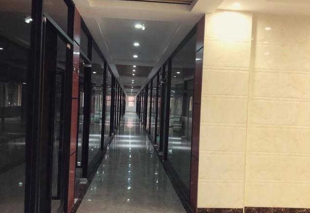 锦驰商务大厦 68m² 采光好 精装修图片1