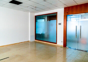 国汇通商务中心 230m² 高区 简装图片1
