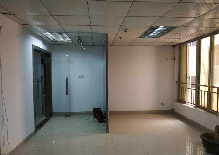 宝安西乡小型创业基地泰逸大厦 257m² 中低区 简装图片1