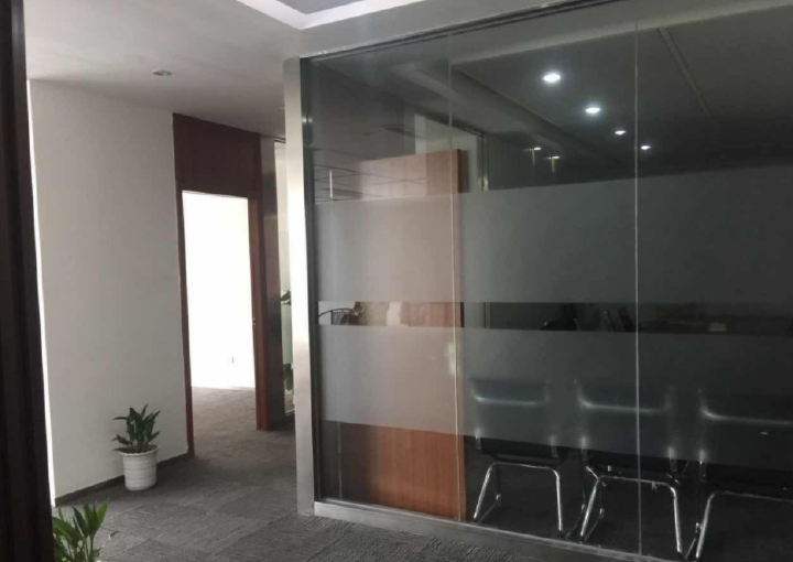 龙光世纪大厦 170平米 精装修 物业直租图片1