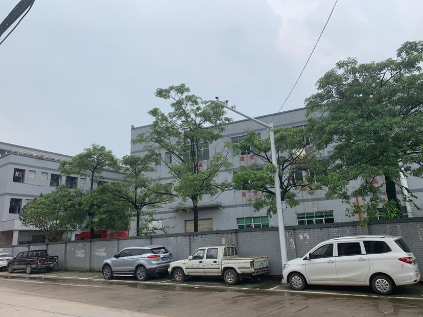 东莞松山湖旁独院9成新厂房诚意出售