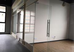 西乡广兴源互联网创意园办公室 50m² 低楼层区 采光好