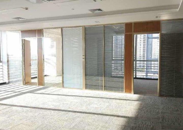 宝安商务示范区 132平米写字楼 业主直售 不限贷图片4