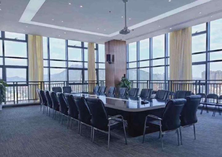 前海荟·大道国际 192m² 高区 毛坯图片1