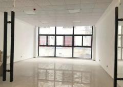 盛滔大厦 1368m² 低楼层写字楼招租  带精装修