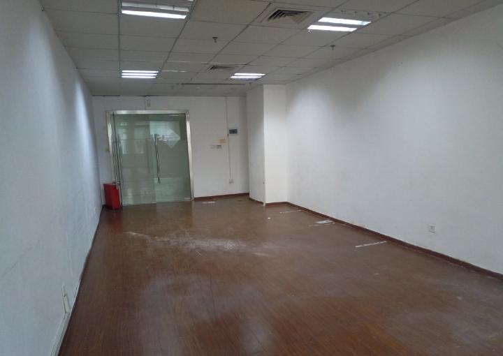 1号线固戍附近写字楼 骏翔U8制造产业园 114m² 可分租图片1