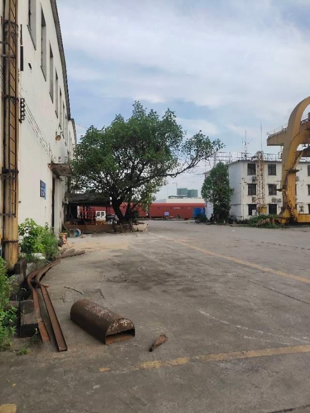 厚街镇宝塘村新出2800方仓库出租滴水12米带3吨行车可生产