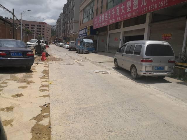 凤岗镇马路边小商铺出租580平-图3