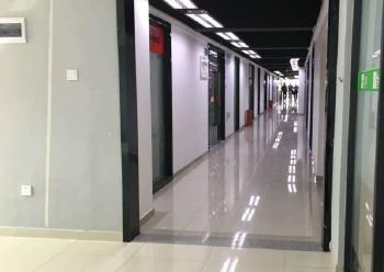 宝安新安中粮商务公园 445m² 精装修 可分租图片2