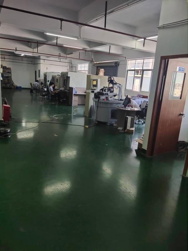 福永地铁口一公里楼上1200平厂房带装修转让无转让费-图3