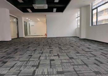 宝安区精装写字楼 高新奇科技园 149m² 政府补贴图片1
