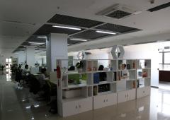 宝安精装办公室招租  395m² 带家具 大开间