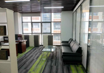 5号线兴东附近 高新奇科技园 123m² 配套齐全图片1
