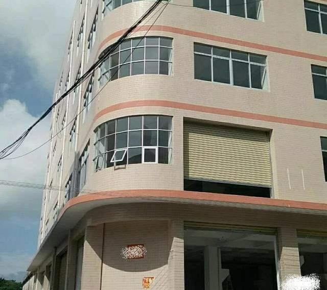 樟木头工业区内楼上厂房630平,带装修有地坪漆,3吨货梯