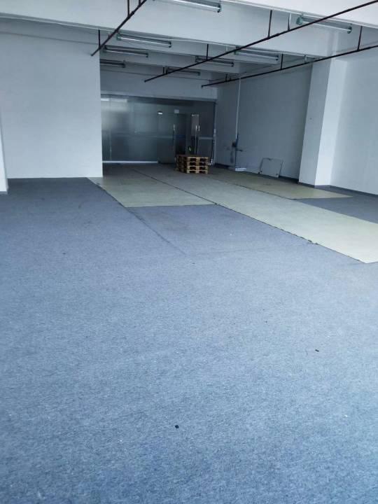 平湖捷威工业区楼上200平办公仓库