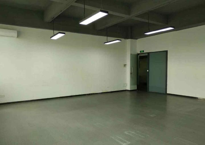宝安区精装写字楼 125m² 拎包入住 赠免租期图片3