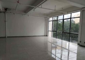 成熟商圈 民俗文化产业园简装写字楼 135m² 免中介费图片1