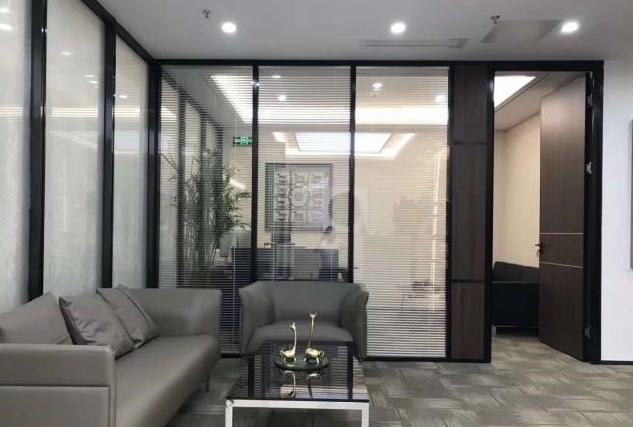 地铁口财富港大厦 35m² 中低区 精装 中心商务区图片2