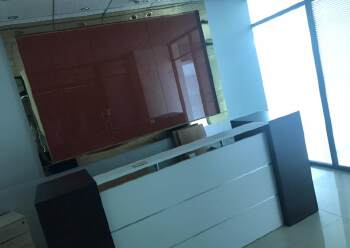 深圳龙华天虹附近带装修写字楼有大小面积图片1