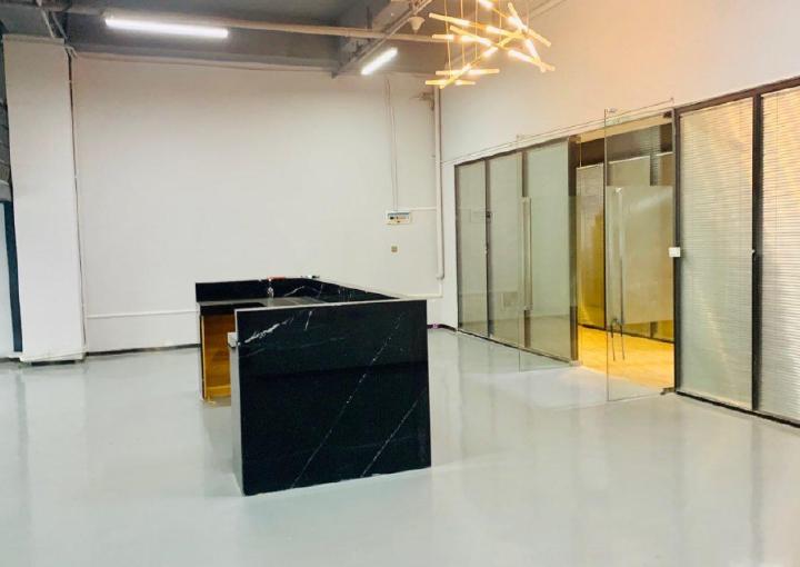 交通便利 众里创业社区 写字楼 精装修168m² 出租图片2