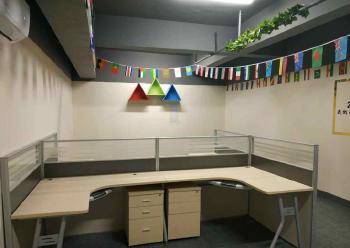 宝安小型办公室租赁  69m² 带装修 可注册图片1