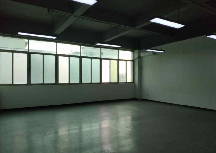 宝安区精装写字楼 125m² 拎包入住 赠免租期图片1
