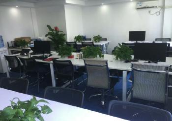 宝安区智工小镇 152m² 可注册办公室租赁图片4
