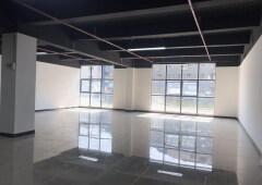 带装修正泰商业大厦 171m² 中低区写字楼出租