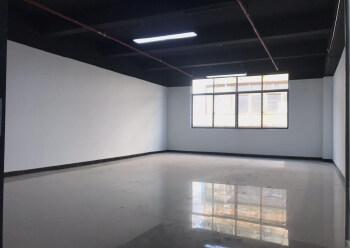 带装修正泰商业大厦 171m² 中低区写字楼出租图片3